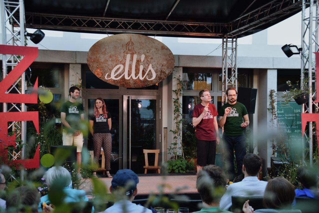 Improtheater im Ellis Hanu